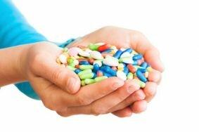 Рекомендуемые женщинам медикаменты при цистите