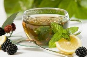 Боремся с циститом с помощью чаев