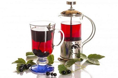 черная смородина чай