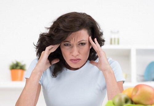 Болит голова при менопаузе