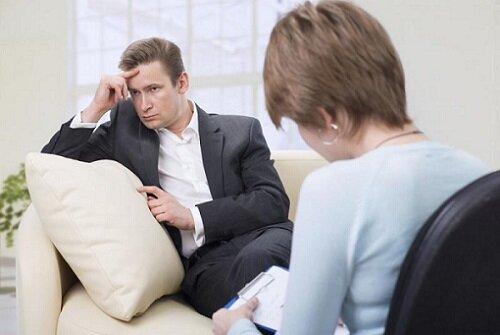 прием мужчины у психолога