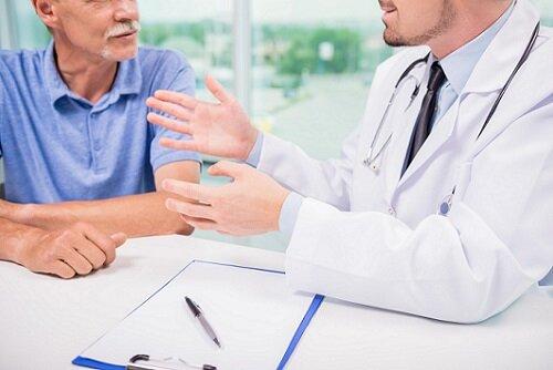 врач и консультация
